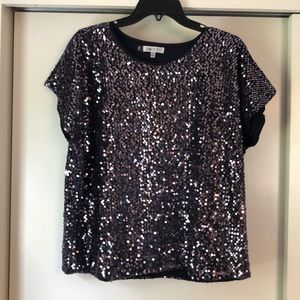 Jennifer Lopez black sequin t shirt